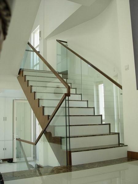 双跑楼梯手绘图